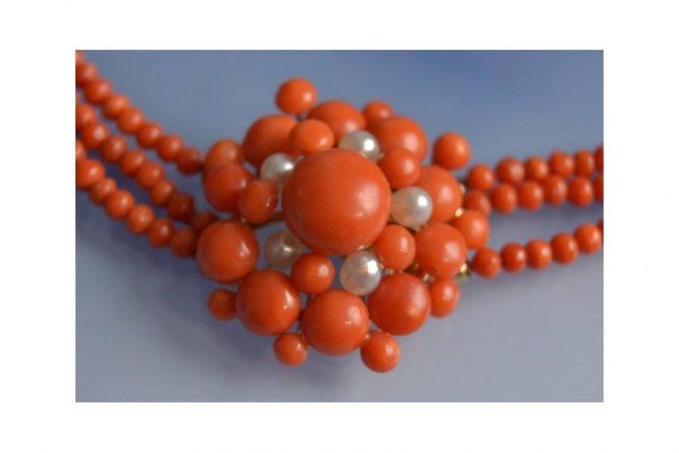 collier corail rouge ancien prix