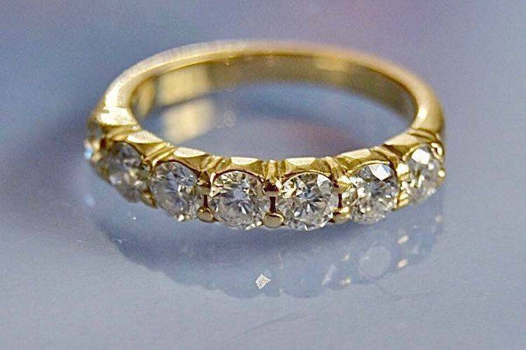 Alliance femme or 18 carats