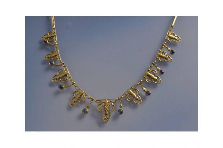 Saphir collier