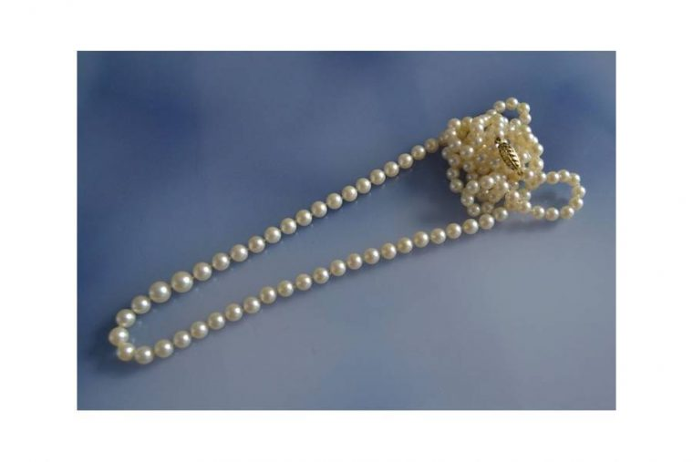 Sautoir perles fines