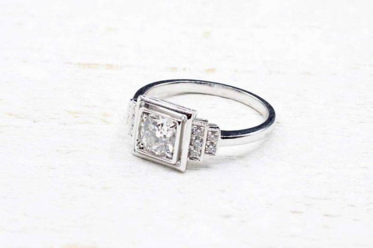 Solitaire carré diamant