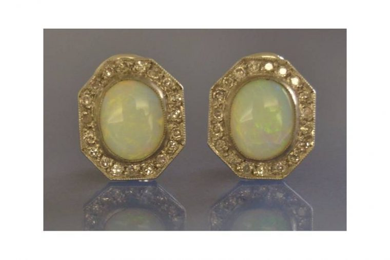Opale boucles d'oreilles