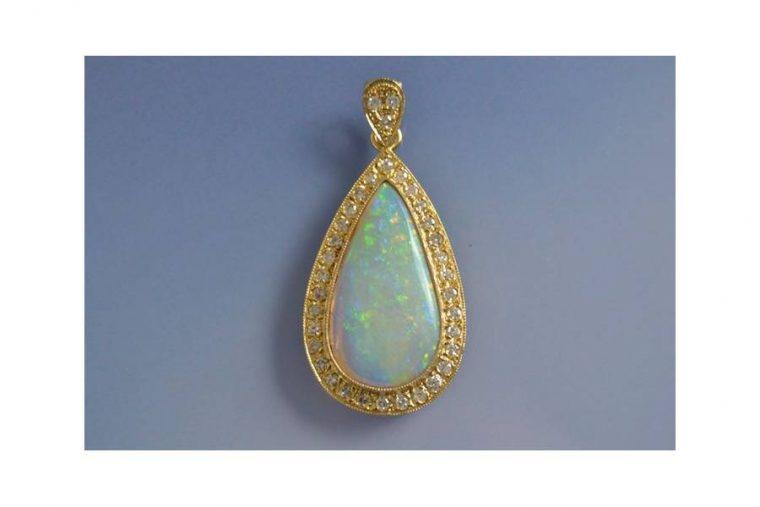 Opale pendentif