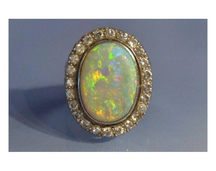 Une opale
