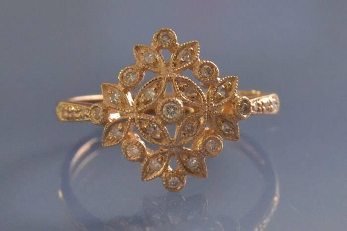 Bague de fiancaille or rose et diamant