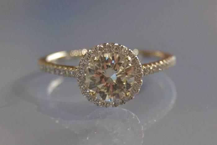 Bague de fiancaille solitaire diamant