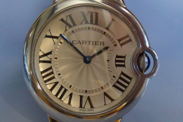 Montre Cartier bleu