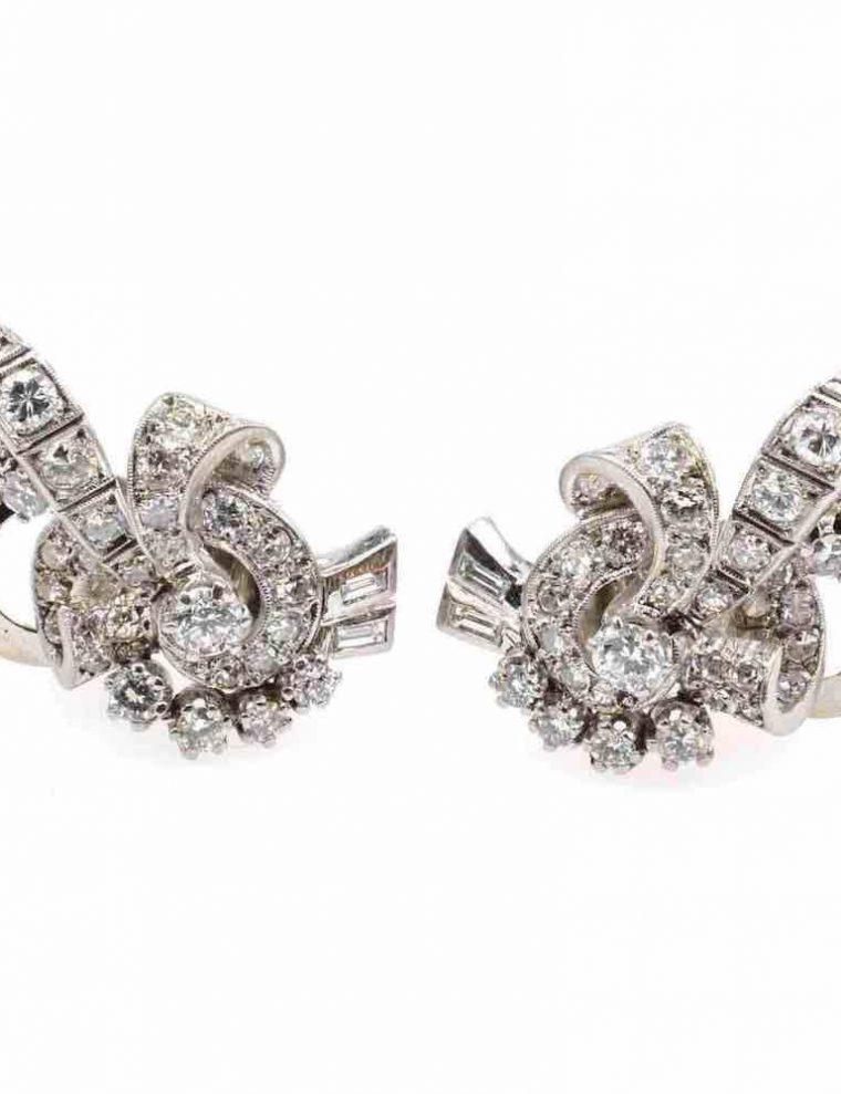 Boucle d oreille or blanc et diamant