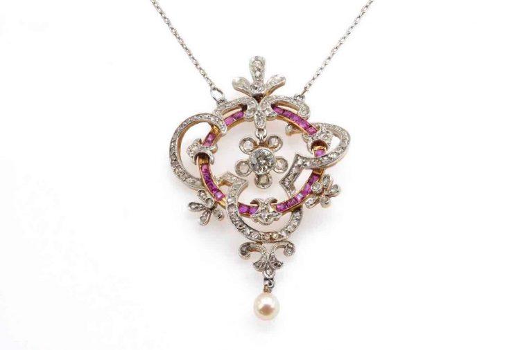 Bijoux rubis pendentif