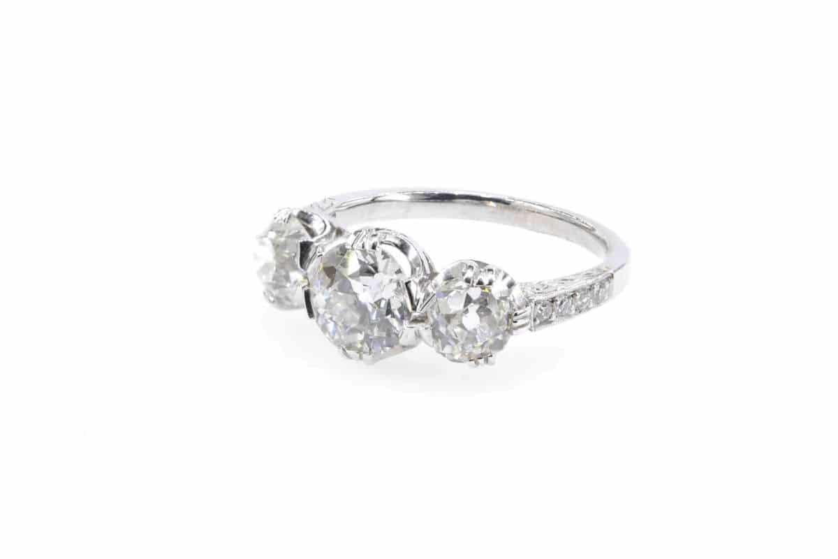 bague fiançailles trois diamants