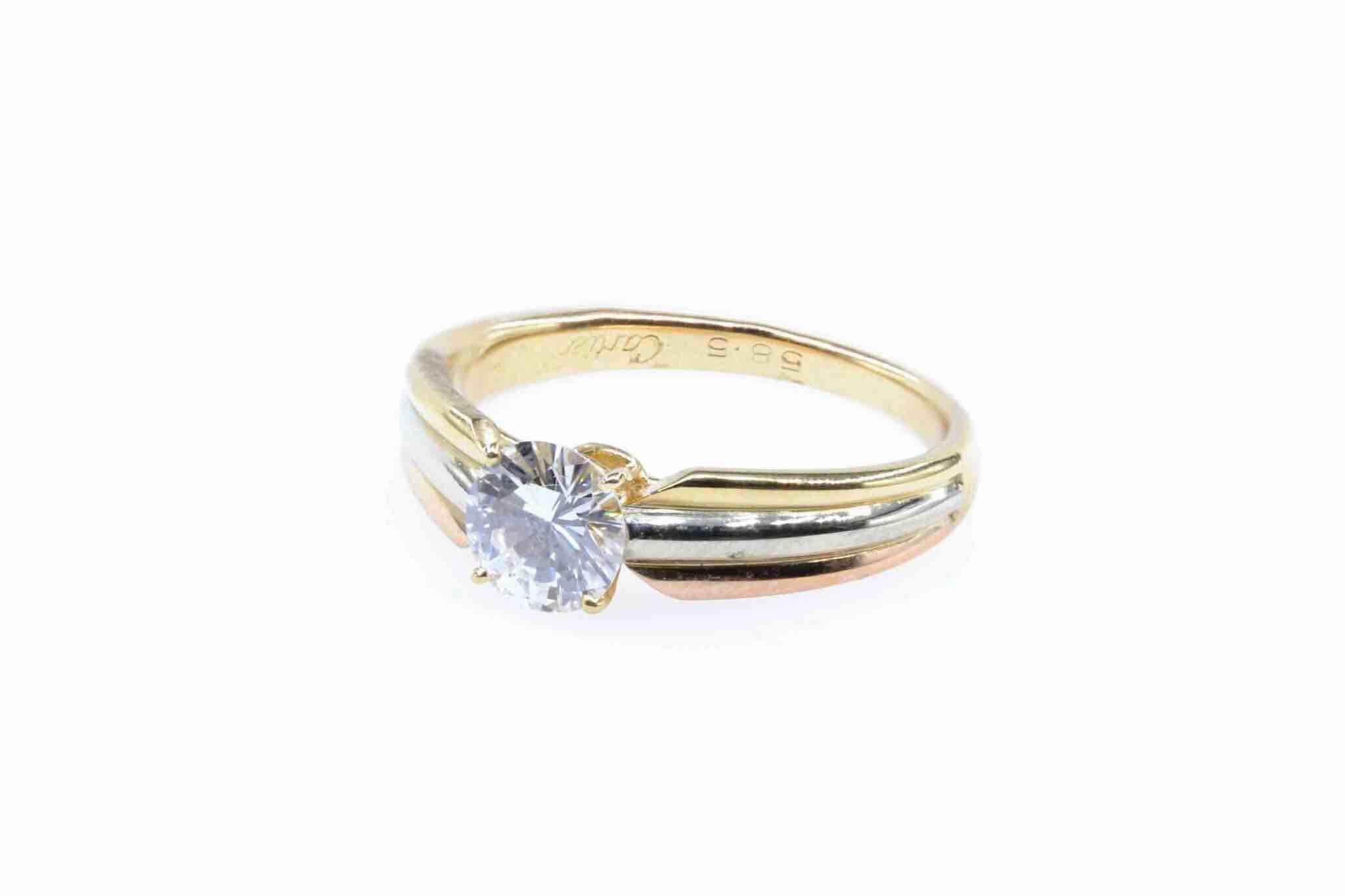 bague solitaire diamant cartier