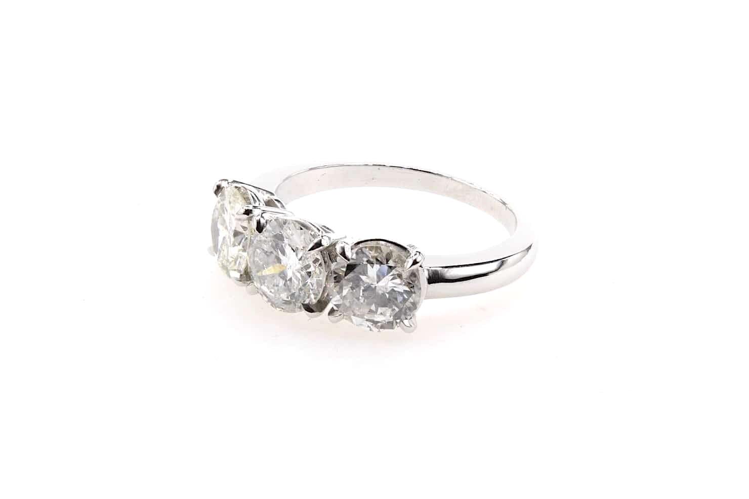 trilogie diamants de taille brillant