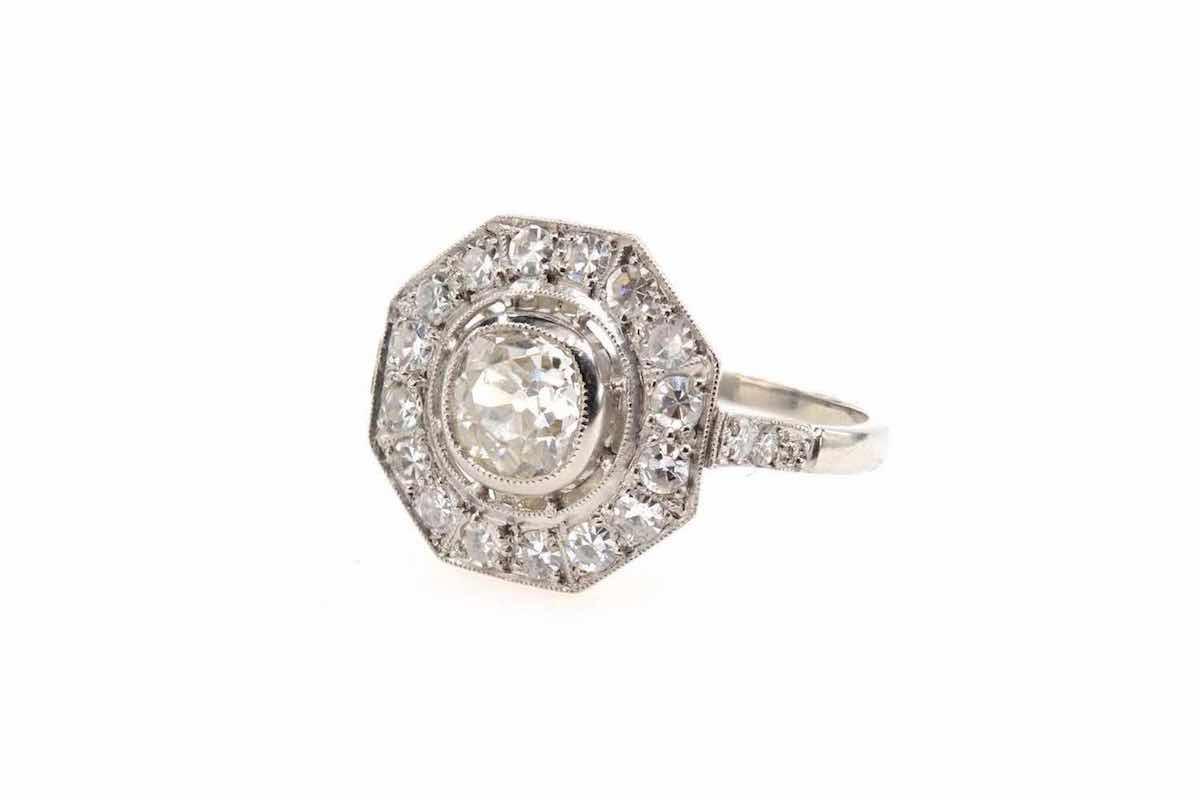 bague fiançailles diamant central et or